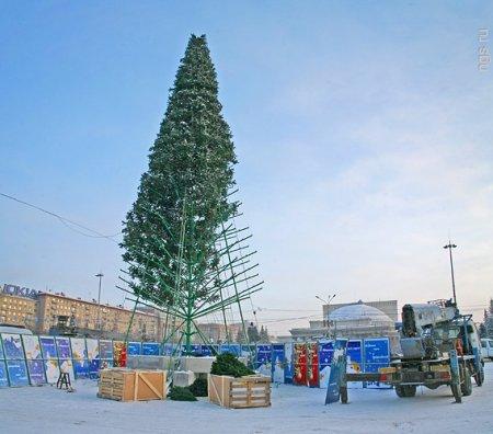 В Новосибирске начался демонтаж новогодних елок