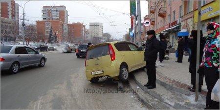 Пешеходы страдают на новосибирских дорогах