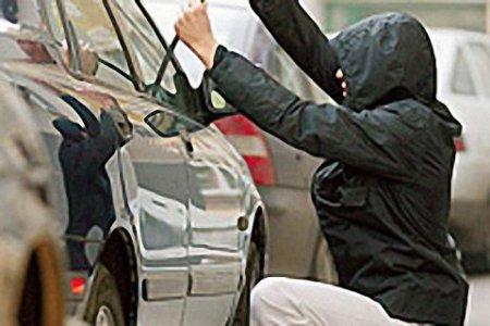 Самое опасное место для автомобилей в Новосибирске – возле крупных торговых центров