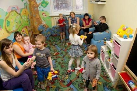 Волонтеры оборудовали игровую комнату в детской больнице