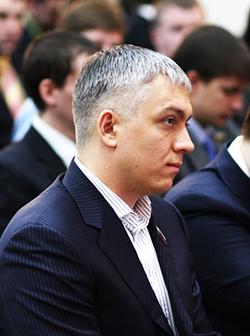 Беглый экс-депутат Гордеев потребовал вернуть себе мандат