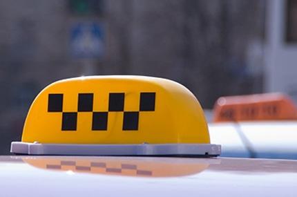 Закон о такси не работает – депутаты Заксобрания