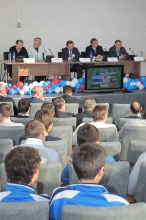 Ради матчей футбольной «Сибири» изменят движение транспорта