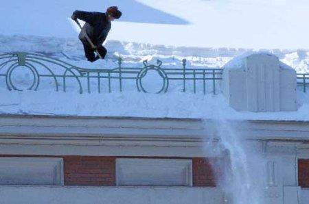 В Новосибирске проверили состояние крыш и карнизов