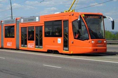 ...инвестиций реализации проекта по строительству линий скоростного трамвая в Новосибирске.