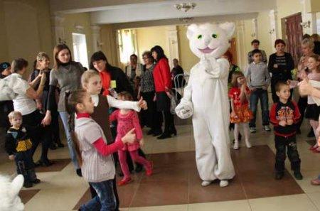 В Новосибирске в седьмой раз прошел День опекуна