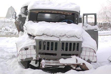 Кто соберет в Новосибирске ржавые автомобили-«подснежники»?