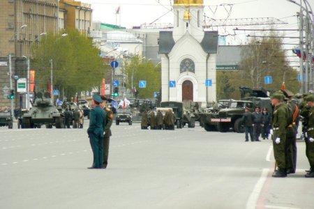 Парад с участием военной техники пройдет в Новосибирске 9 мая