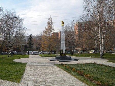 Новосибирским врачам поставят стеклянный памятник