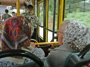 На Радоницу запускают дополнительные автобусы к кладбищам