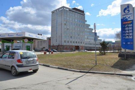 В Новосибирске на 50 копеек подорожал бензин