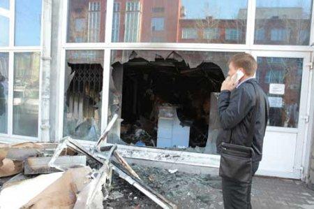 Пожарные потушили салон МТС на ул. Ленина