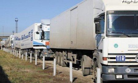 Дороги Новосибирска закрывают для тяжелых фур