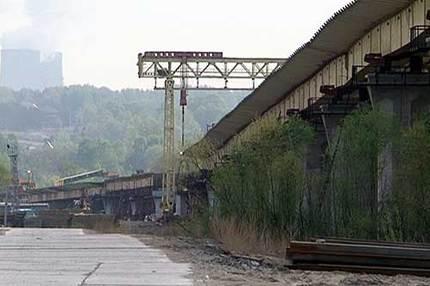 Снос и расселение домов в зоне строительства третьего моста намерены ускорить