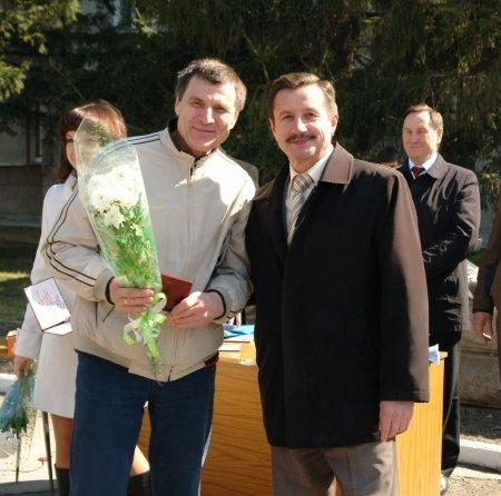 Сотрудник «ЭЛСИБа» на Доске Почета Кировского района