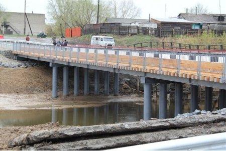 Через реку Карасук протянулся 50-метровый мост