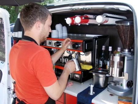 Мобильные кофейни появились на улицах Новосибирска