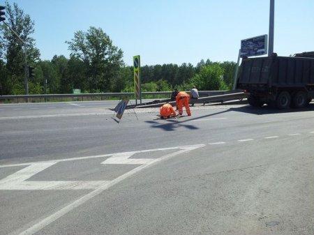 На Советском шоссе просел асфальт: сужена проезжая часть