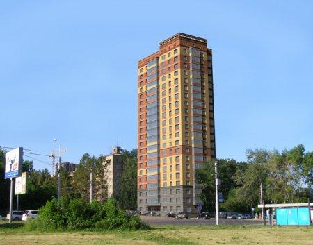 На Красном проспекте начали строить 22-этажный дом