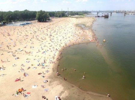 В Новосибирске официально открылся первый пляж
