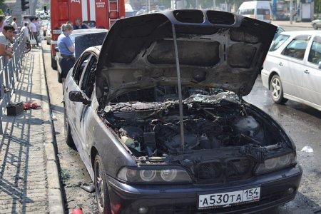 Возле Центрального рынка сгорел BMW