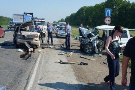 Авария под Новосибирском унесла жизни 5 человек