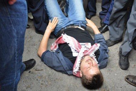 Митингующего на «Марше миллионов» в Новосибирске задержали за неоплаченный штраф