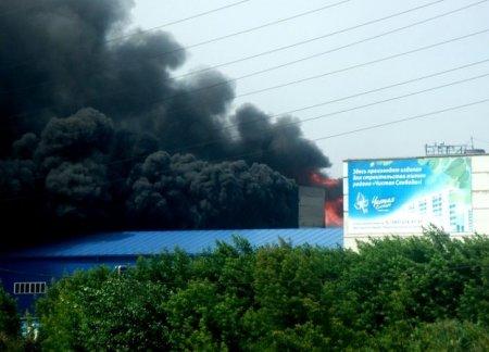 Крупный пожар в Калининском районе