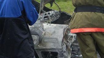 Две дорогие иномарки загорелись на парковке в Новосибирске