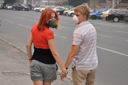 Спасаемся от смога в Новосибирске: накрашу глазки, надену маску…