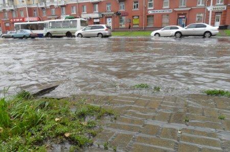 Наводнение парализовала левобережную часть Новосибирска