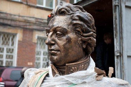 К 200-летию Отечественной войны 1812 года в Новосибирске установили бюст фельдмаршала  Кутузова