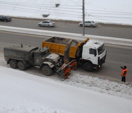Новосибирские власти готовят снегоуборочную технику к 10 октября
