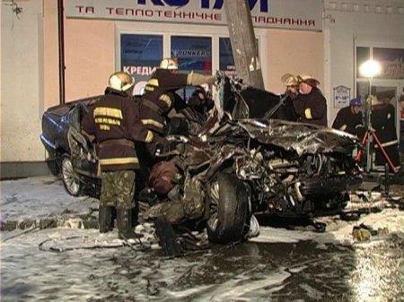 овосибирские мошенники инсцинировали аварию с дорогой иномаркой