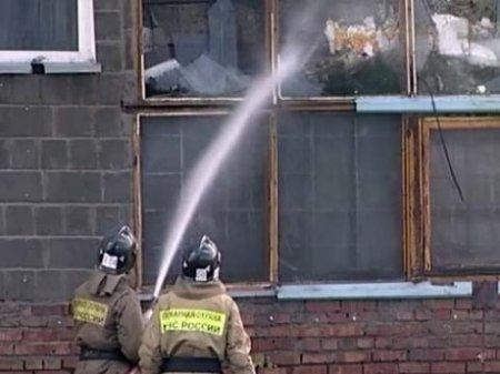 Утром в понедельник в авиационном НИИ Новосибирска произошло возгорание