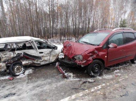 Первый снег в Новосибирской области принес с собой очередные крупные аварии на дорогах