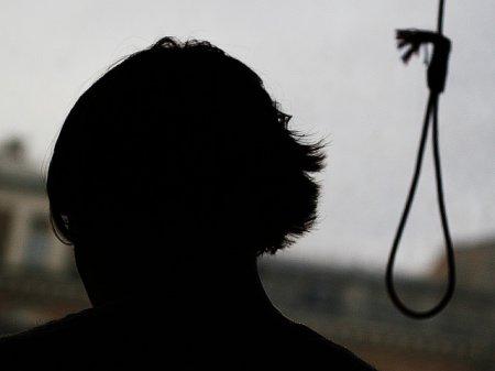 В селе Кирза Новосибирской области найден повешенным 15-ти летний школьник