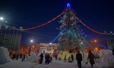 Ледовый городок открылся в Новосибирске