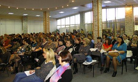 Работники новосибирских фирм ждут изменений