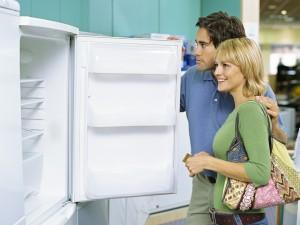 На что следует обращать внимание при покупке холодильного шкафа?