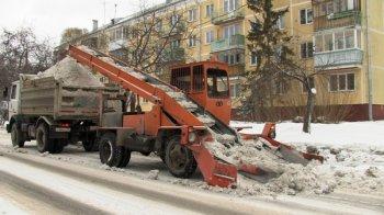 Улицы Новосибирска очищают более 600 единиц снегоуборочной техники